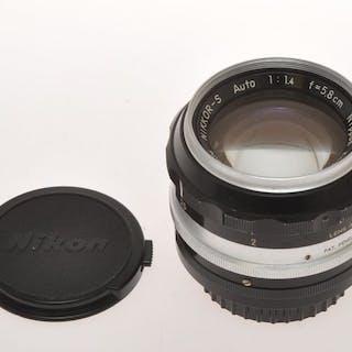 Nikon , nice and rare vintage lens 58mm F:1.4 58/1.4...