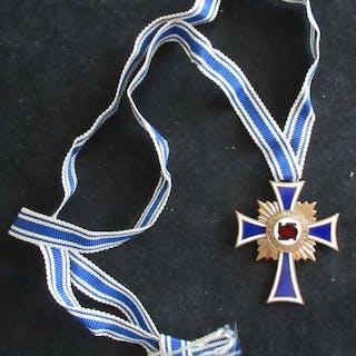 Deutschland - Ehrenkreuz der deutschen MutterGold - Auszeichnung