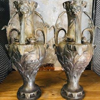 Paire de vases, ornements de cheminée (2)