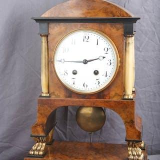 Viennese table clock / pendulum with 4 pillars - LFS...