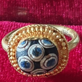 Ancient Roman Gold Ring with millefiori glass beads - 23.7 mm - (1)