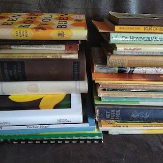 33 boeken over Bijen / Bijenteelt / Imkers - 1854/2011