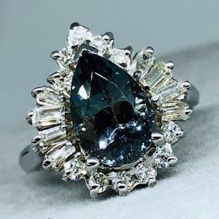 14 kt. White gold - Ring - 3.21 ct Tanzanite - Diamond, Cocktail - Eye Catcher