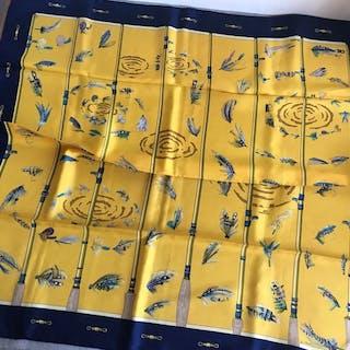 Hermès Fliegenschal signiert vom Künstler Ist La Tham
