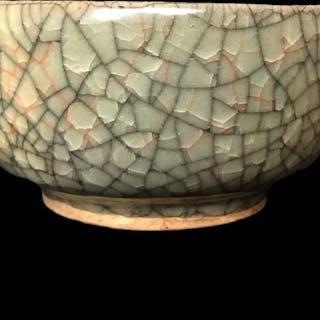 Schale (1) - Guan glasiert - Töpferware - China - Ende des 20. Jahrhunderts