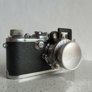 Leica (Leitz) III a(Model G) +Elmar 5 Cm + Nooky Additional Lens