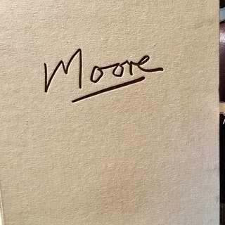 Henry Moore - Henry Moore - Carmine Benincasa