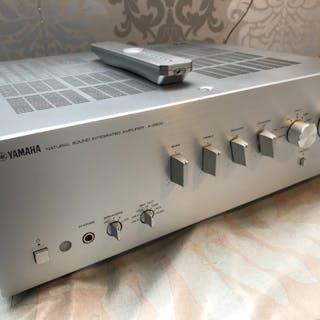 Yamaha - A-S 500 Ultra modernein Retro design - Verstärker