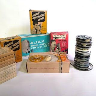 Melton en andere 5 stuks Pocket Movie Viewers en groot aantal pinup-films (8mm)