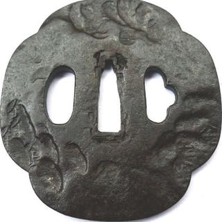 Beautiful characters tempolarge tsuba - Iron - Japan - Mid Edo period