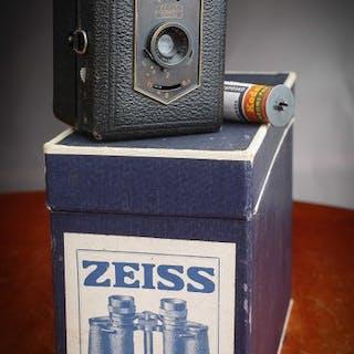 Zeiss Ikon TENGOR Baby Box Camera + Boite Zeiss + Film