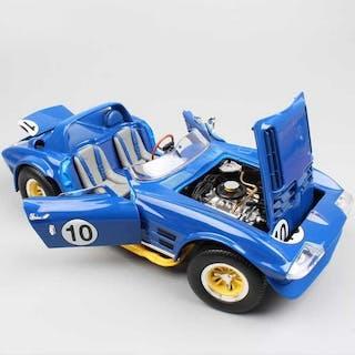 Road Signature - 1:18 - Chevrolet Corvette Grand Sport Roadster 1964