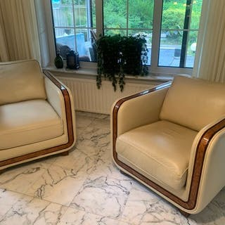 Galerria Nieri - Armchair, Two neat used luxury leather armchairs, 1999