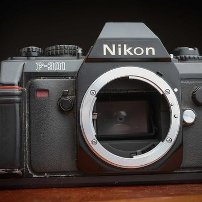 Nikon F 301  Appareil Photo Reflex