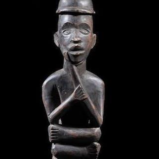 Figura di antenato (1) - Legno - Bakongo - Repubblica Democratica del Congo