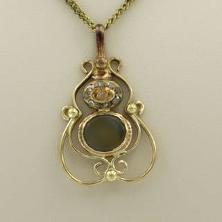 14 kt. Yellow gold - Necklace with pendant - 0.04 ct Diamond - calcedon