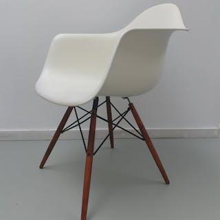Charles Eames, Ray Eames - Vitra - Armchair, Chair - DAW