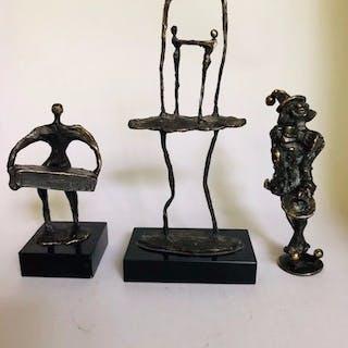 Corry Ammerlaan - 3 Bronzestatuen - signiert (3)