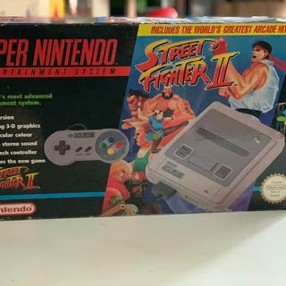 1 Nintendo SNES Streetfighter II PAK - Console with games (1) - In original box