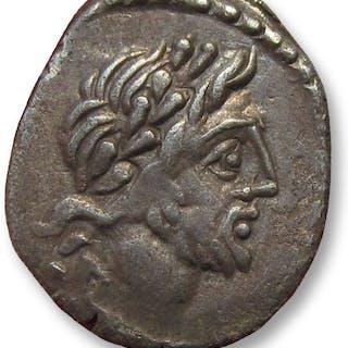 Roman Republic - AR Quinarius, T. Cloelius / Cloulius. Rome 98 B.C. - Silver