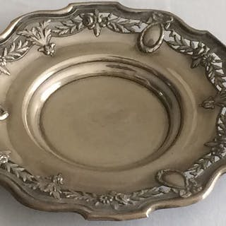 Silver Boar Salver 375 grams 31cm (1887 - 1938) - Silver...