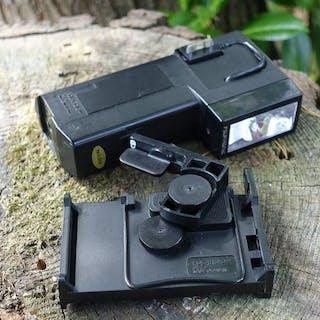 Polaroid Flits en houder voor SX70 landcamera