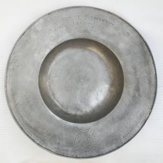 Alms dish (1) - Pewter - Late 17th century