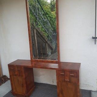 Art Decò entrance console