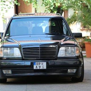 Mercedes-Benz - E 320 T - 1996