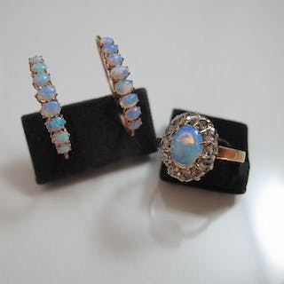 14 kt. Yellow gold - Earrings, Ring, Set Opal - Diamond