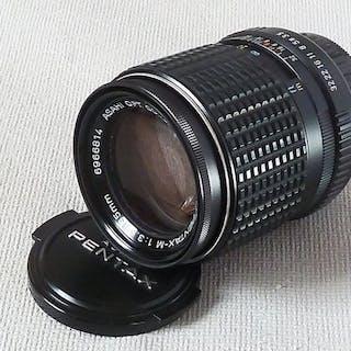 Asahi SMC PENTAX-M 135 mm f3.5 Objektiv mit Deckeln