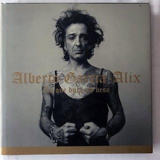 Alberto Garcia-Alix - Lo Que Dura Un Beso - 2002