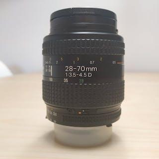 Nikon NIKKOR AF 28-70mm 3.5-4.5 D
