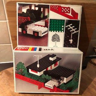 LEGO - Legoland - 345 - Haus House with mini wheel car - 1960-1969 - Niederlande
