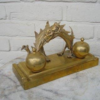 Schweres Bronzetintenset - Bronze - China - Zweite Hälfte des 20. Jahrhunderts