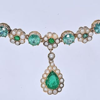 Yellow gold - Necklace - 10.73 ct Emerald - Pearls