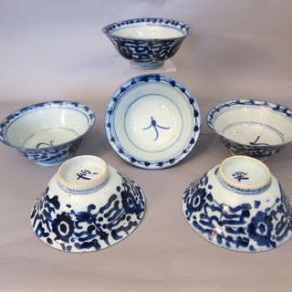 6 Schüsseln (6) - Blau und weiß - Porzellan - ming stijl - China - 19
