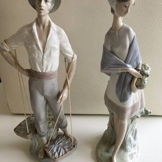 Lladró - 2 large images - fisherman & wife (2) - Porcelain