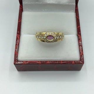 18 kt Gelbgold, Weißgold - Ring Rubin