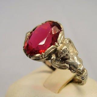 mit Engelsköpfen - 835 Silber - Ring - 4.00 ct Verneuil-Rubin