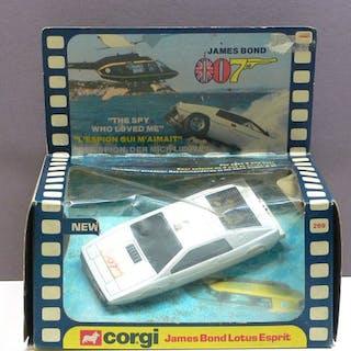 Corgi - 1:43 - No. 269 Lotus Esprit James Bond 007