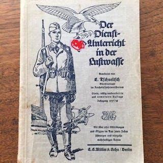 Deutschland - Fallschirmjäger-Handbuch des 2