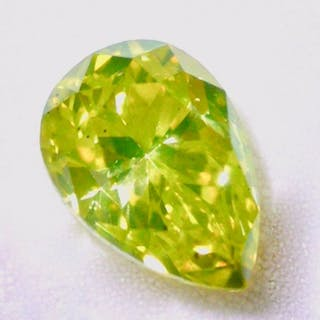 1 pcs Diamond - 0.81 ct - Pear - fancy intens greenish yellow - SI2