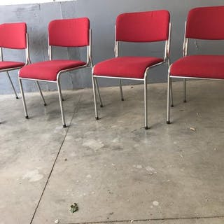 Brunner - stacking chairs (4)