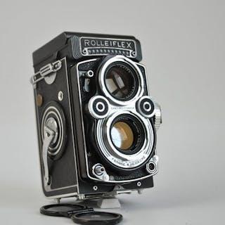 Rollei Rolleiflex 3.5F type 3 metXenotar 1:3.5 75mmCLA en extra's