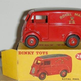 Dinky Toys - 1:43 - Van Morris Royal Mail ref: 260
