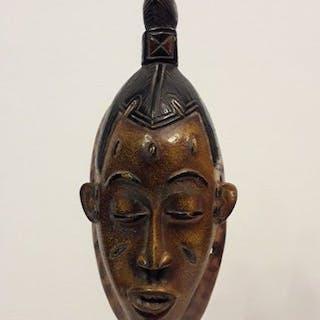 Passport mask - Wood - Baoulé - Côte d'Ivoire
