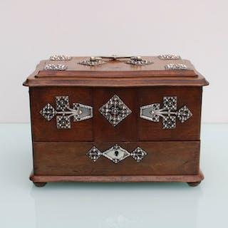 Art Nouveau wooden bureau box