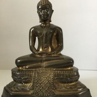 Beautiful old Buddha in sitting position - Gilt bronze...