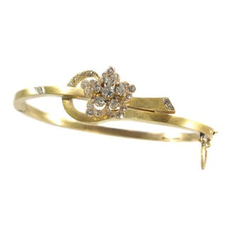 18 kt. Yellow gold - Antique Victorian flower bangle...